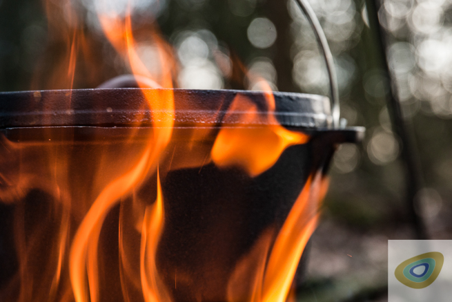 Campfire Cookery Surprise and Delight – From Casseroles To Cakes